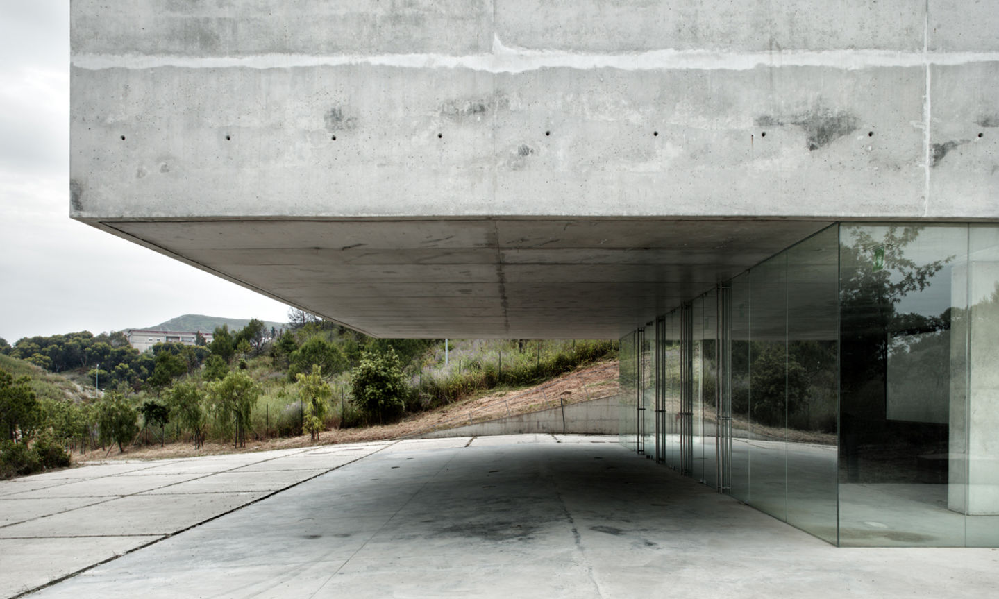 Pythagoras Museum in Crotone, Italy by OBR (Paolo Brescia and Tommaso Principi) (photo: Mariela Apollonio).