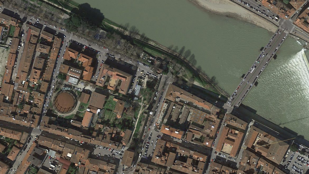 Spring 2019, BETWEEN TOWER AND RIVER workshop with Università di Firenze.